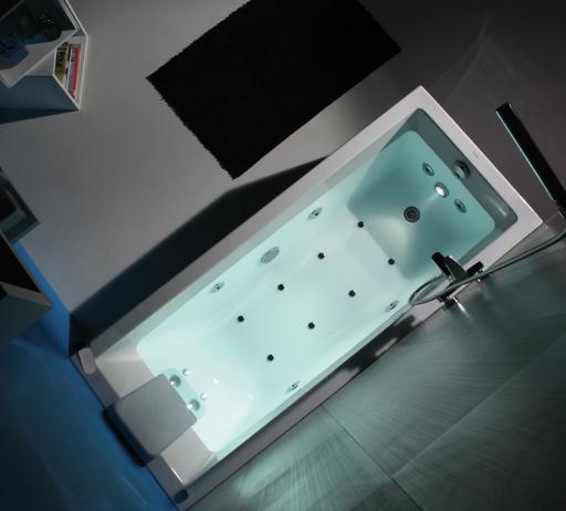 <p>Banheira Cubic</p><p>Banheira Cubic em chapa acrílica sanitária  Disponível em vários tamanhos e com painéis em várias cores (em madeira ou ACM) com ou sem hidromassagem  </p>