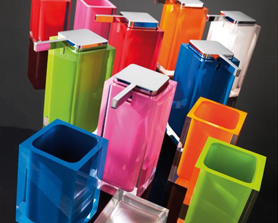 <p>Rainbow</p><p>Conjunto de casa de banho Rainbow</p>